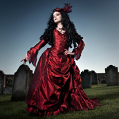 Mina&#8217;s Red Gown returns to Whitby